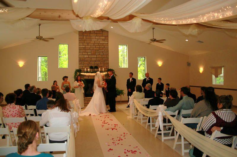 Indoor+Wedding+Decoration+Ideas