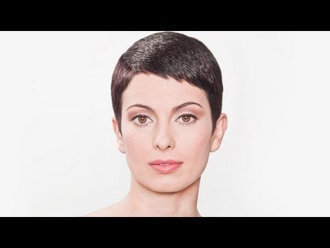 How to cut Women's short hair like Audrey Hepburn haircut Preview ...