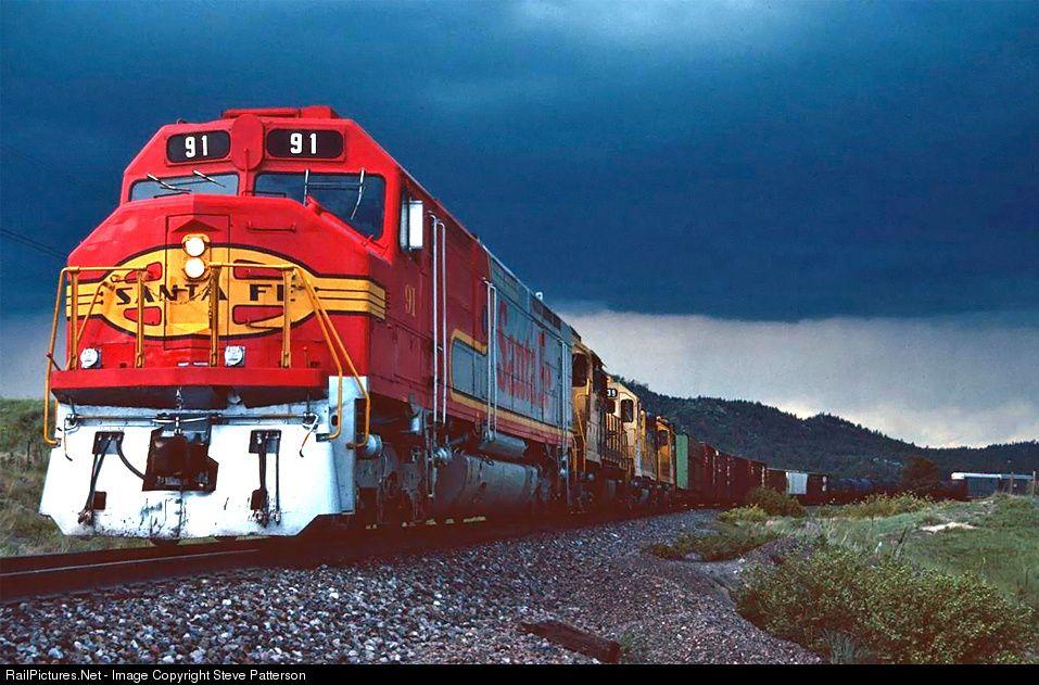RailPictures.Net Foto: ATSF 91 Atchison, Topeka e Santa Fé (ATSF) EMD FP45 em Palmer Lake, Colorado por Steve Patterson