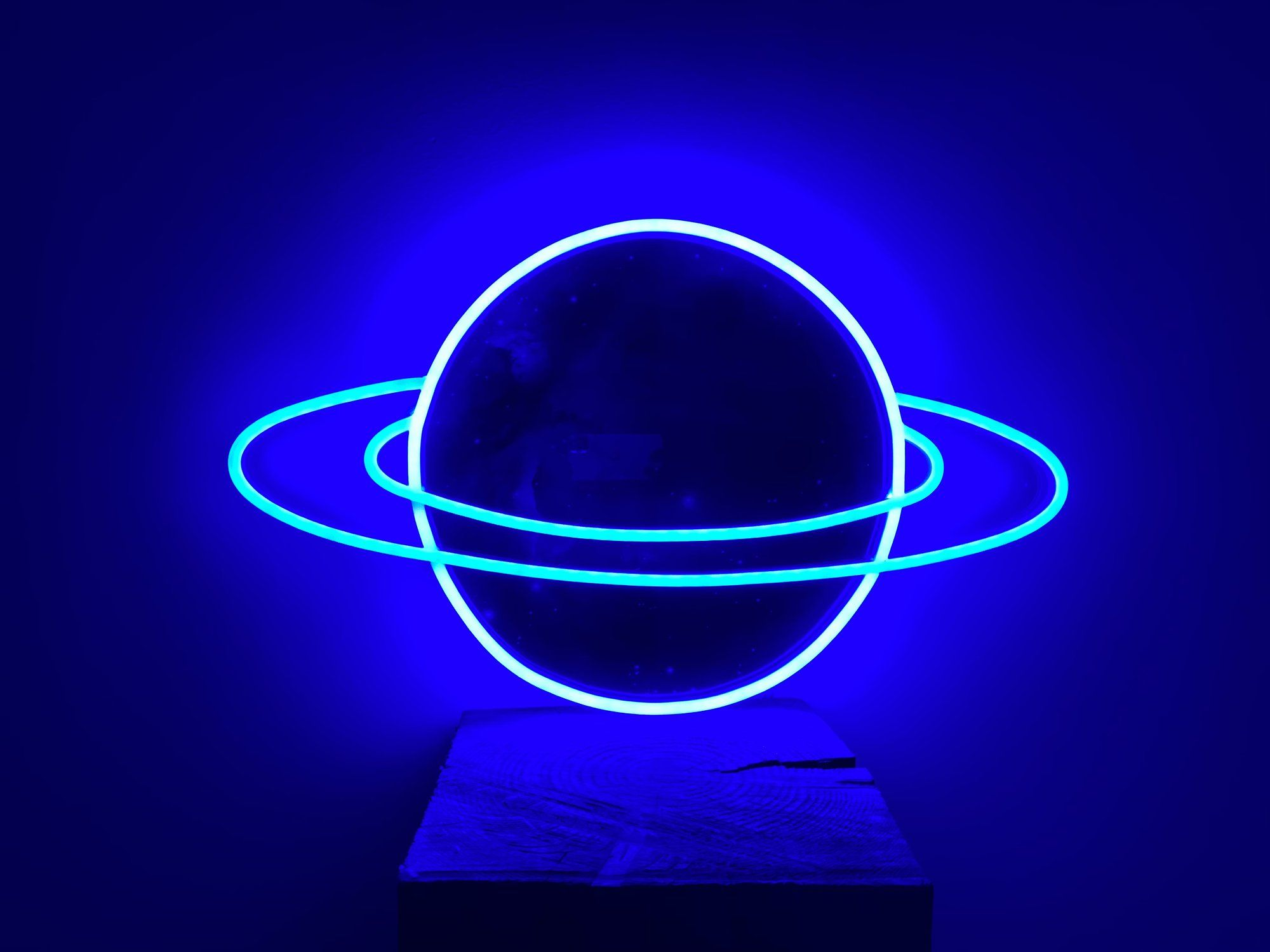 Planet Saturn Color Changing Animated Led Neon Sign Blue Neon Lights Blue Wallpaper Iphone Blue Aesthetic Dark Electric blue neon neon wallpaper