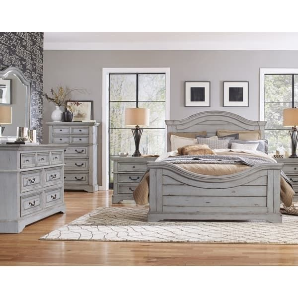Lakewood Panel 5-piece Bedroom Set By Greyson Living In