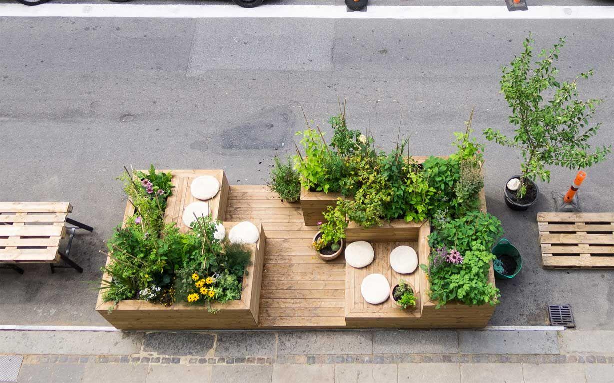 Urban wall gardening - This Brand New Urban Garden Instant City Life Missdesignsays