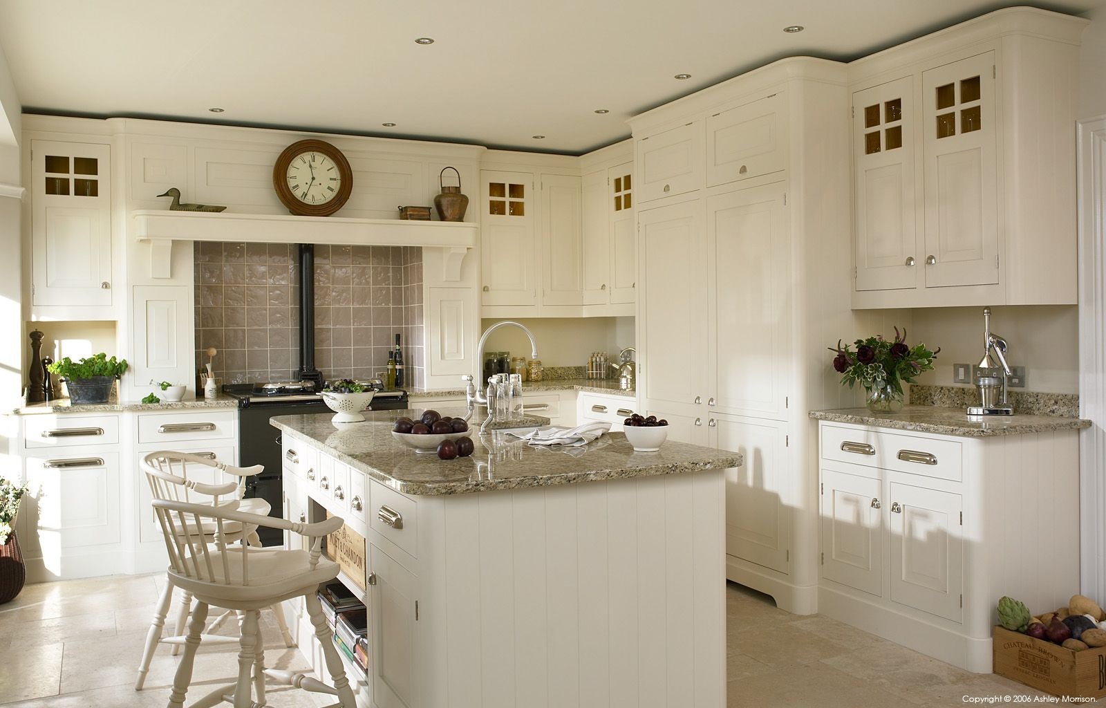 A Mark Wilkinson's 'National Trust' kitchen by Teuton