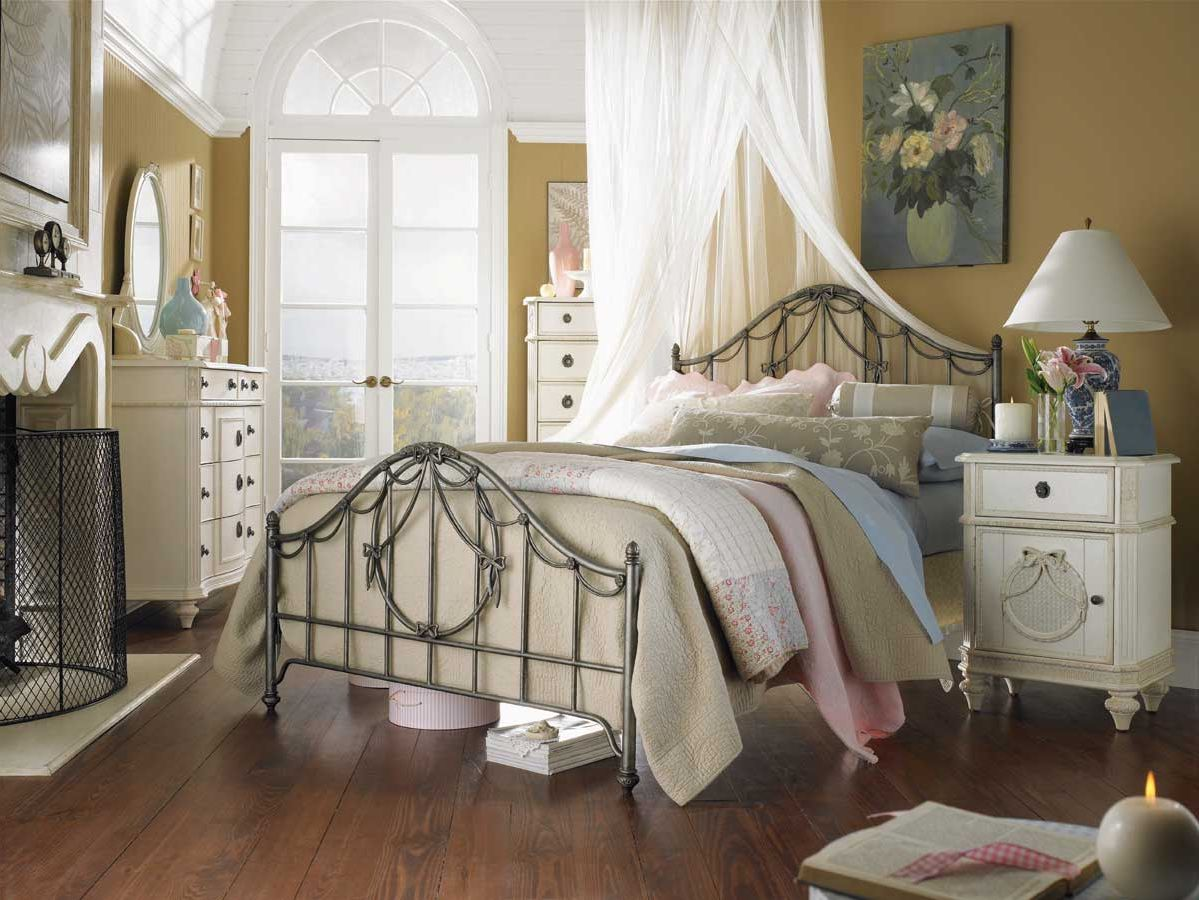 ideas for decorating country style bedrooms - French Style Bedroom Decorating Ideas