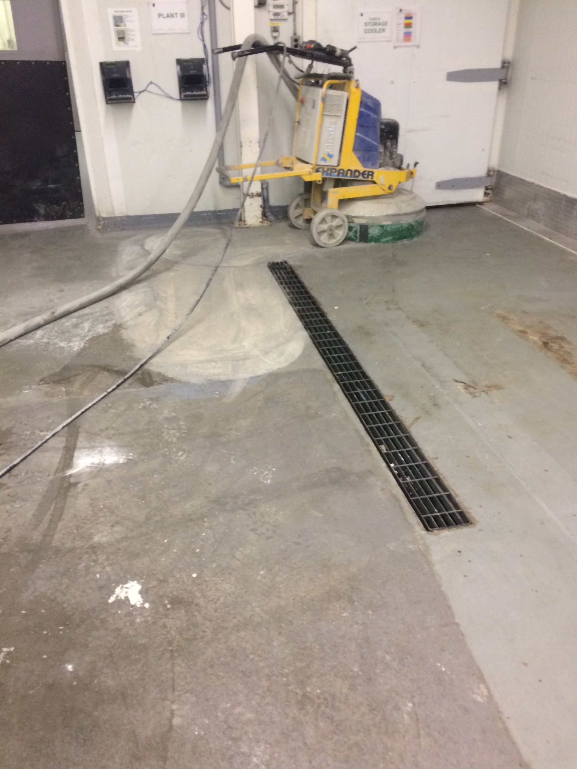 Polyurethane Cement Flooring Contractors Ep Floors Make Use Of Concrete To Install Best For Any Type Heavy Industries