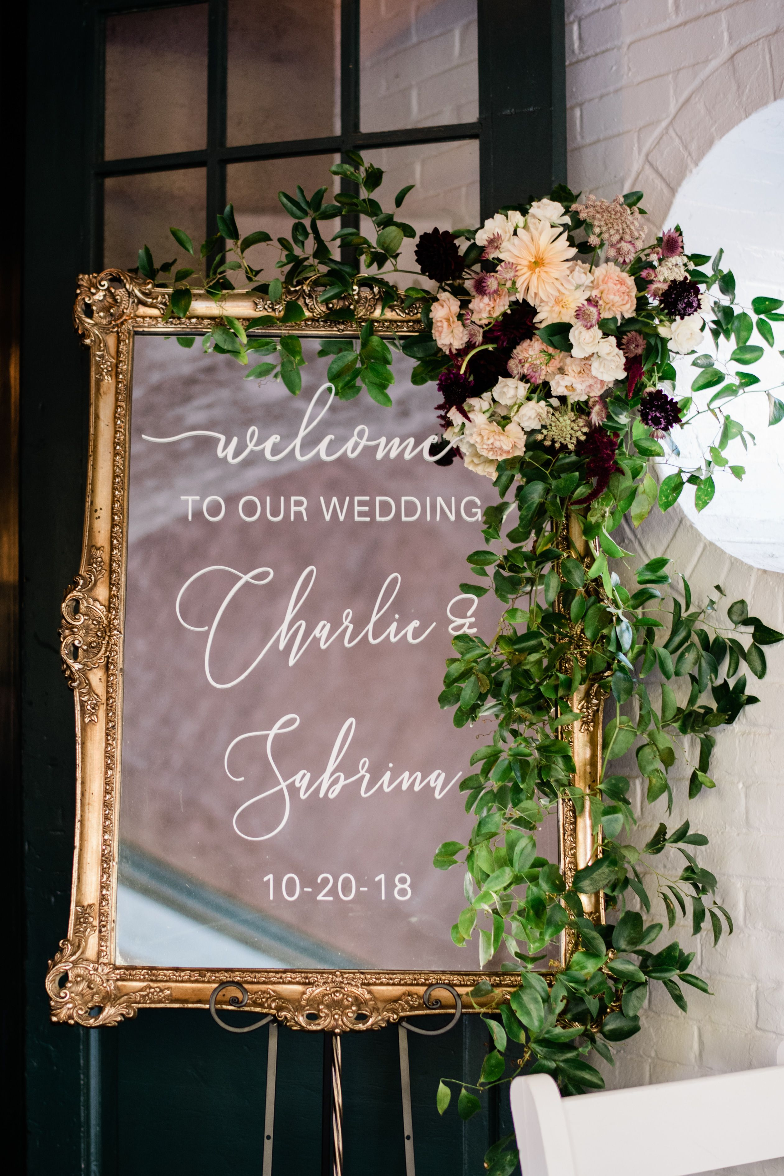 Wedding sign flowers. sign flowers. Photo