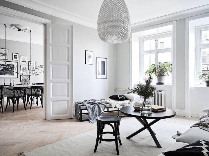 Paredes grises y carpintería blanca Pinterest Interiors