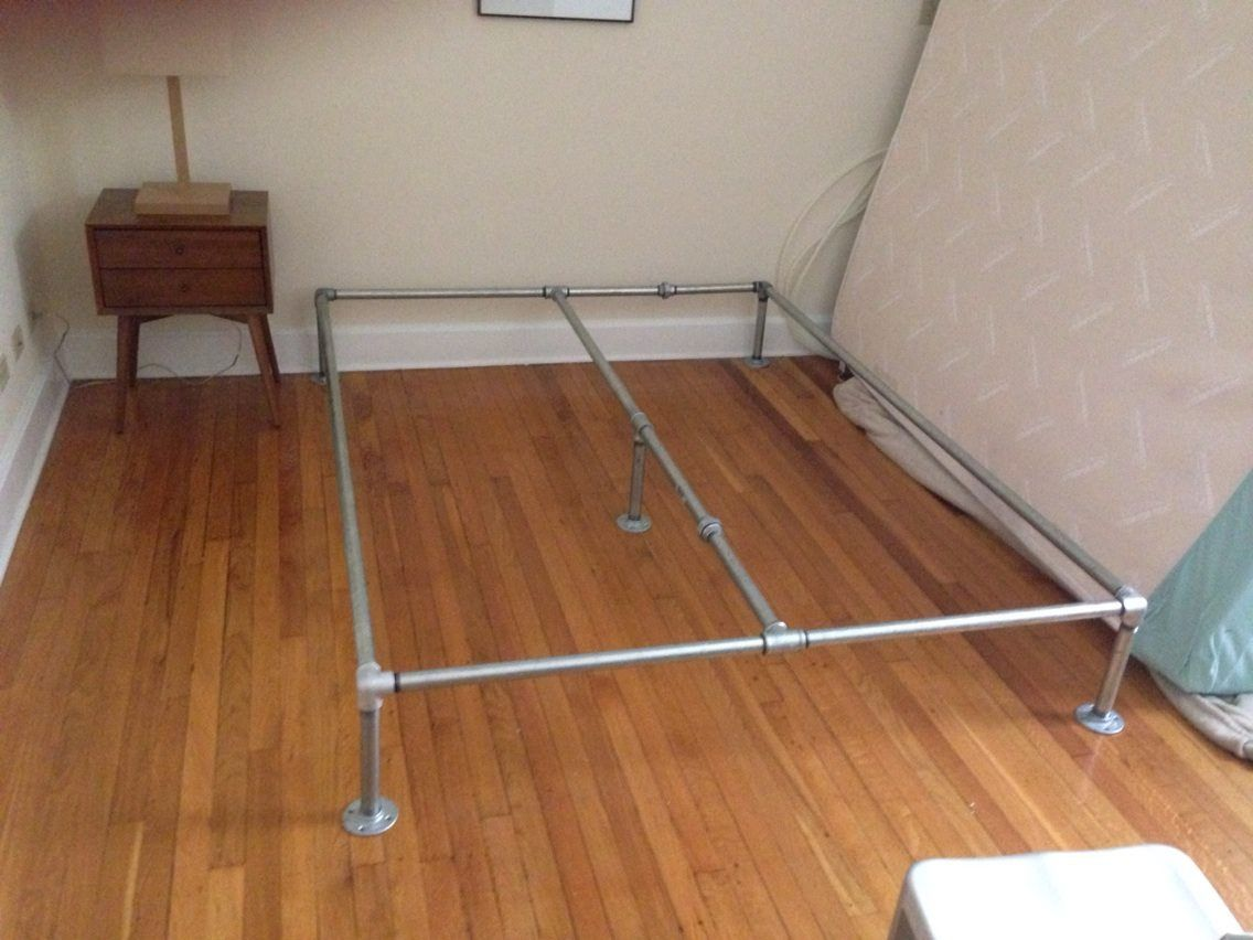 I Just Made My Own Bed Frame Out Of Galvanized Plumbing Pipes