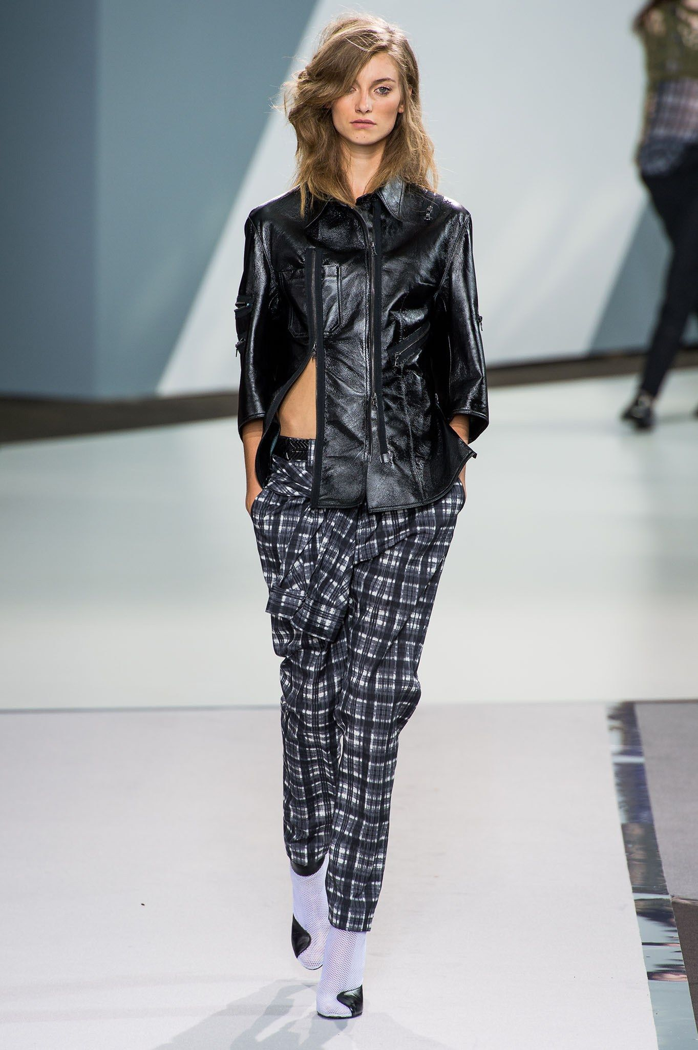 2179160056 3.1 Phillip Lim Spring 2013 Ready-to-Wear Fashion Show - Iris van Berne