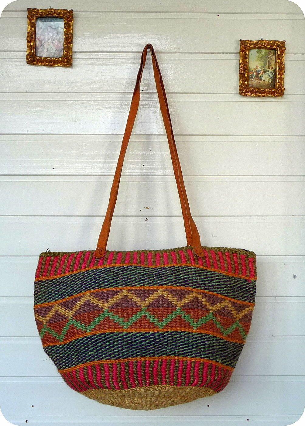 54a2eb9d5f7e9 Vintage LEDER   BAST Tasche Handtasche Bag Folklore Hippie Schultertasche  Ethno in Kleidung   Accessoires