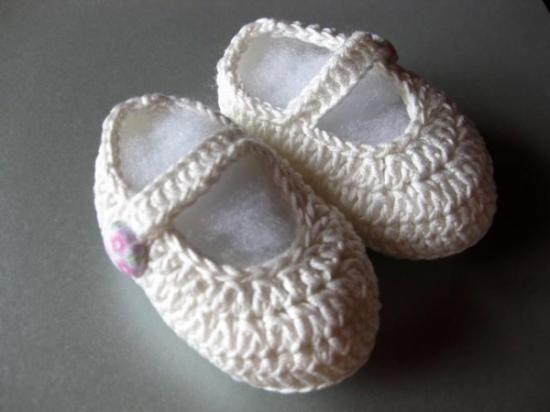 Patucos-zapatitos de ganchillo