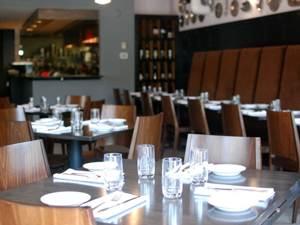 Corner Table Restaurant Located In The Kingfield Neighborhood South Minneapolis Mn Exceptional Dining