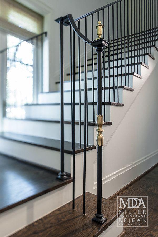 Houston, TX Contractor: Scott Frasier Homes Interior Designer: Mary Jane  Gallagher Photography: