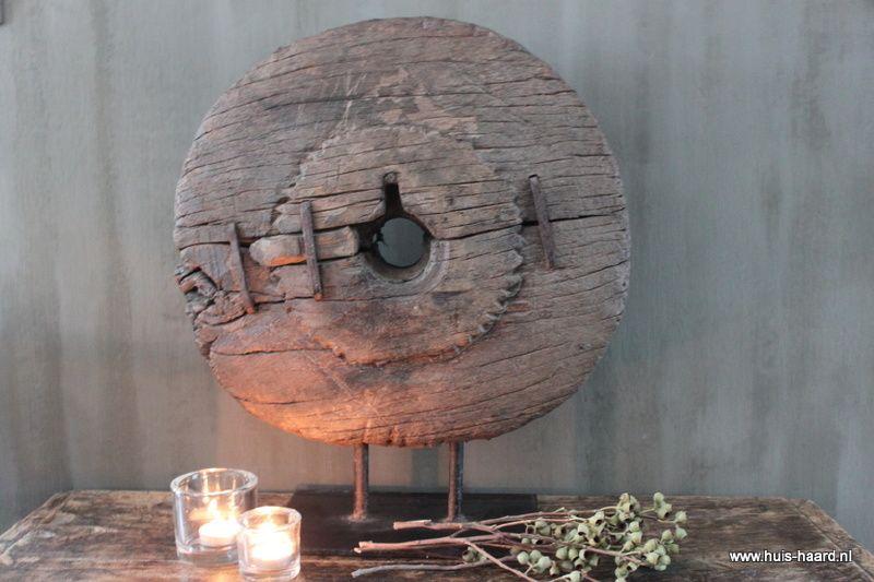 Oud Chinees houten wiel