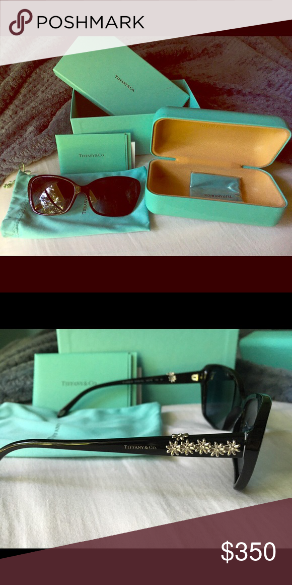 331253b025d3 Shop Women s Tiffany   Co. Black size OS Glasses at a discounted price at  Poshmark. Description  Polarized