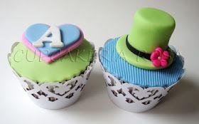 CUPCAKERIA ROSA - Bolos Artísticos e Cupcakes em Curitiba  Cupcakes da  Alice no País das Maravilhas - Chá da Alice d6f08c46ab1