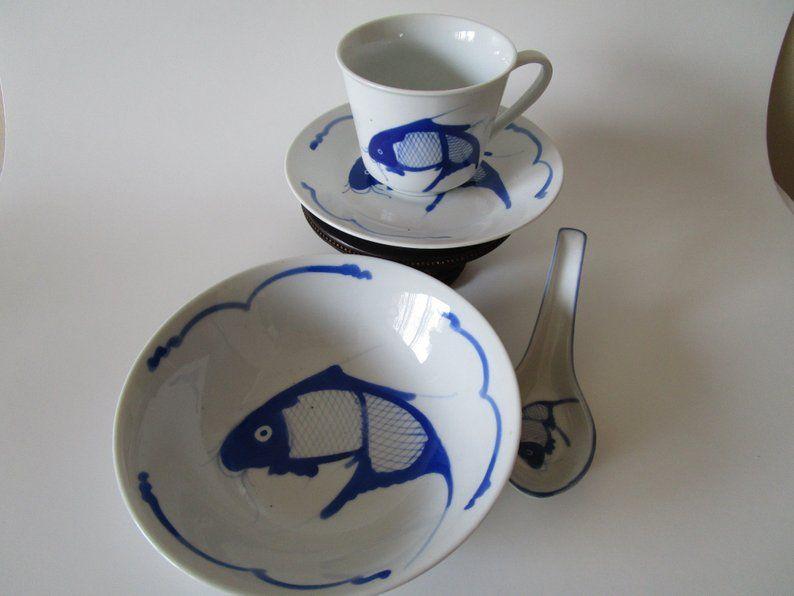 Chinese Porcelain Koi Fish Dinnerware Set Hand Painted Chinese Cobalt Blue White Porcelain Antique Bowl Spoo White Porcelain Dinnerware Set Chinese Porcelain