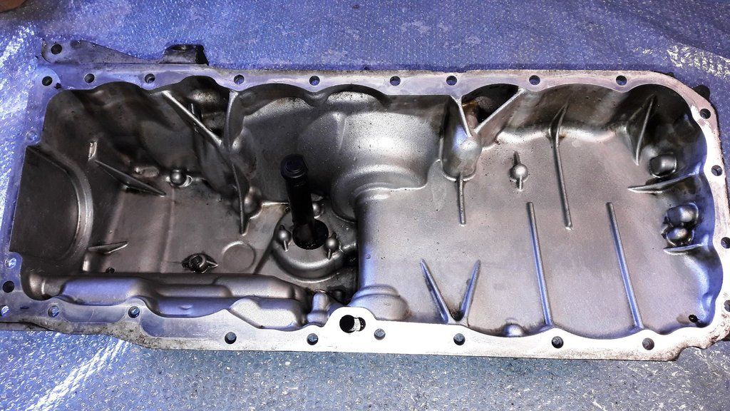 Bmw X5 E70 X6 E71 Xdrive 3 0 Diesel N57 Engine Oil Sump With