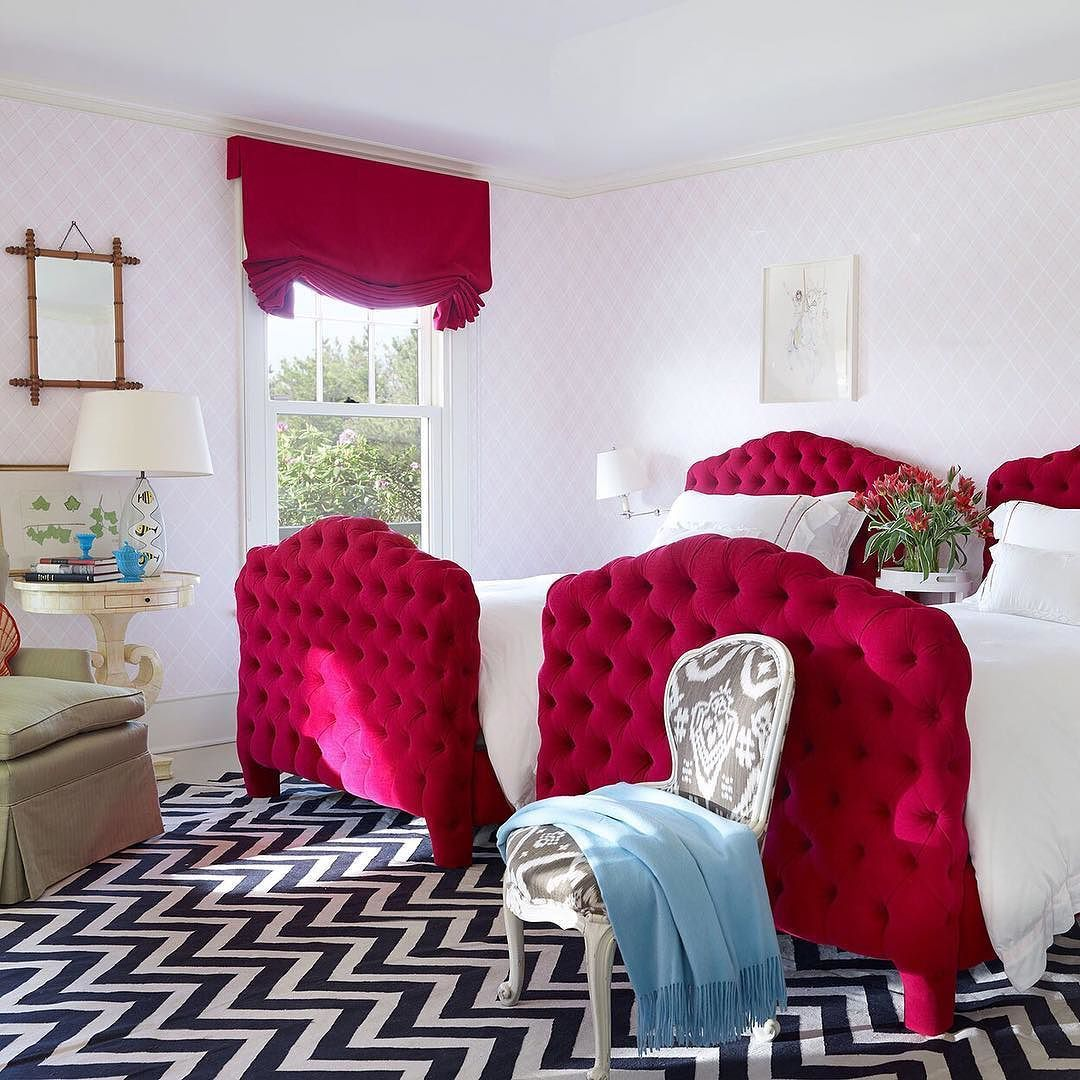 @davidnettosays is no stranger to decorating with pattern. How hypnotizing is the chevron carpet he installed in this Hamptons bedroom? #ADGreatDesign Photo by @pieterestersohn by archdigest