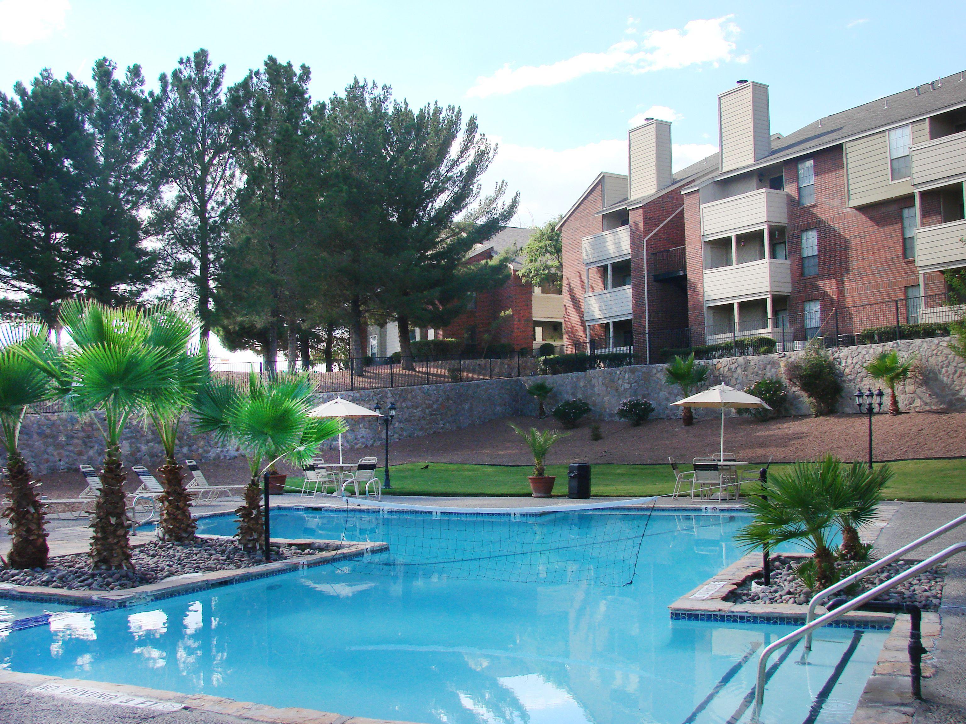 High Ridge Apartments El Paso Tx Resort Style Swimming Pool