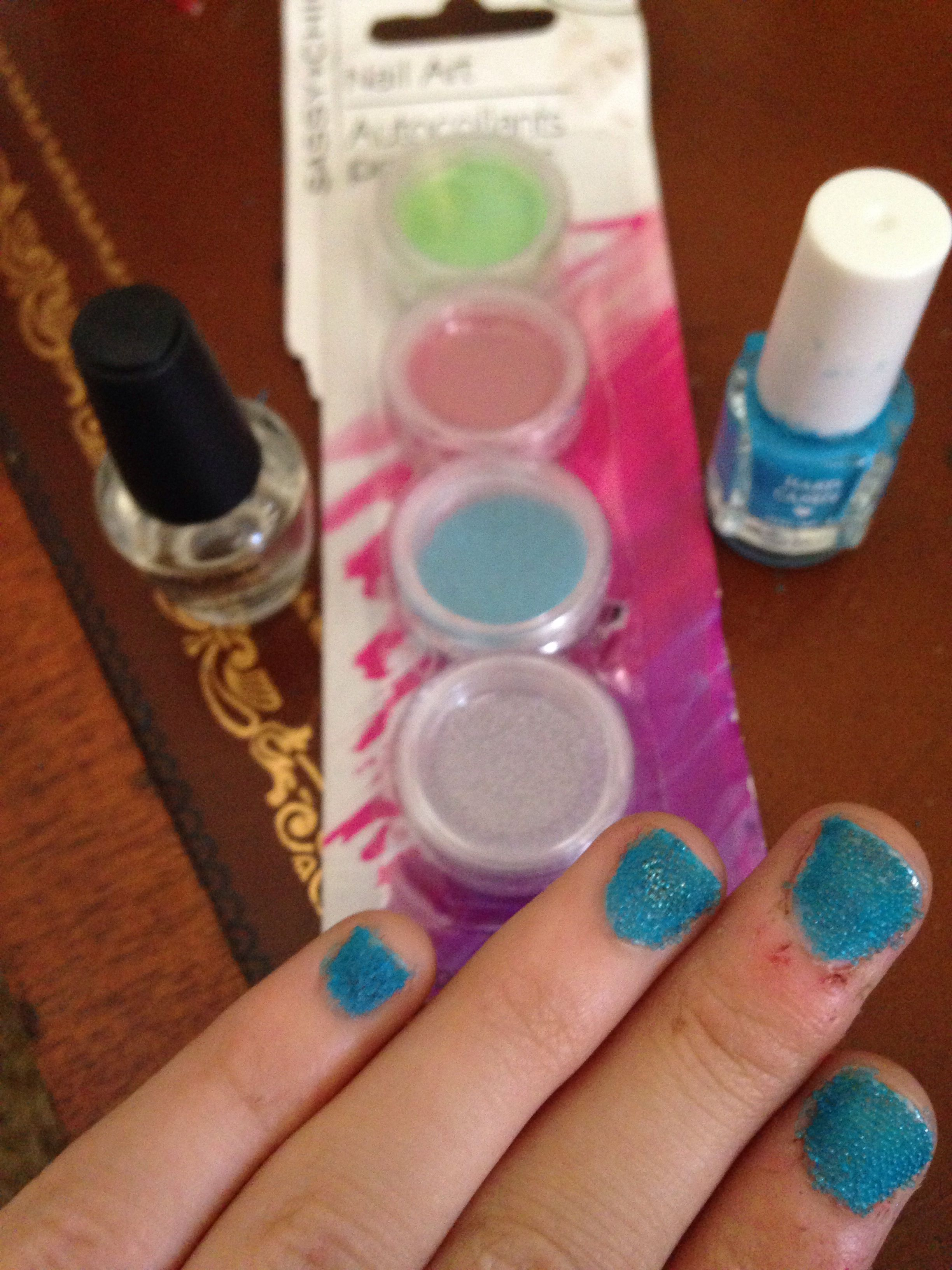 Made caviare nails with dolled tree nail art and nail polish looks ...
