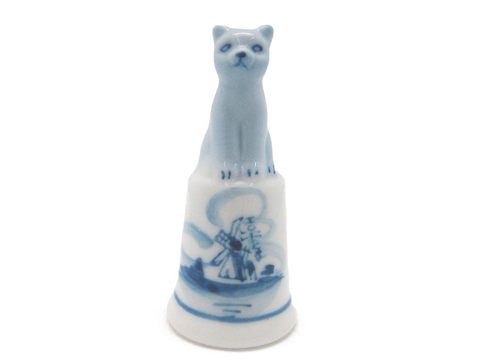 "Collectible Thimble Blue and White Cat (2"")"