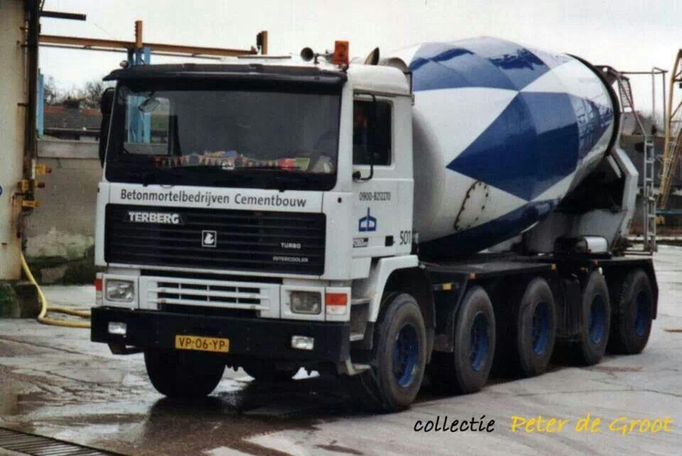 Terberg F2850 10x4 betonmixertruck van Betonmortel