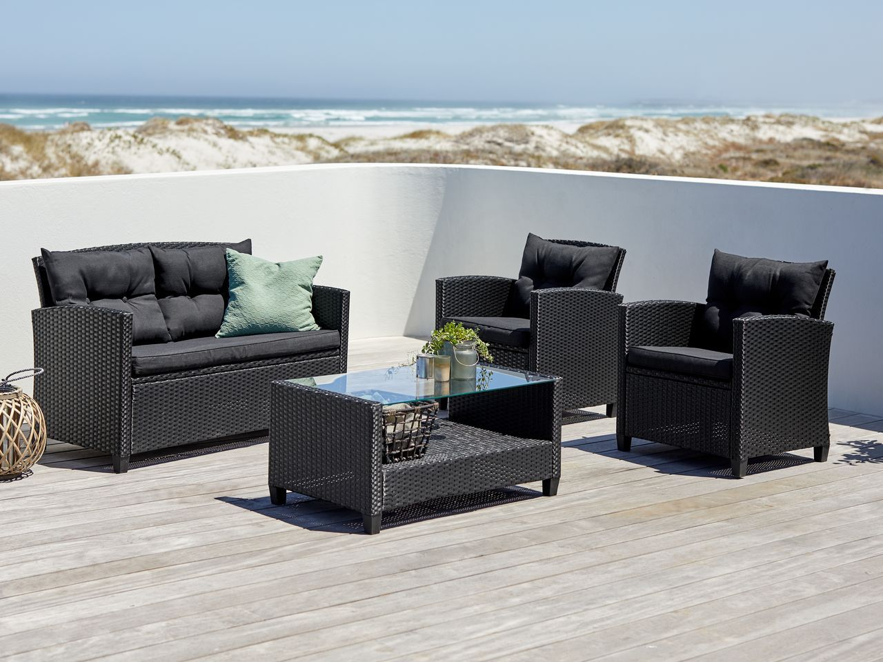 Lounge Set Mora 4 Pers Schwarz Jysk In 2021 Kleine Gartenmobel Aussenmobel Lounge