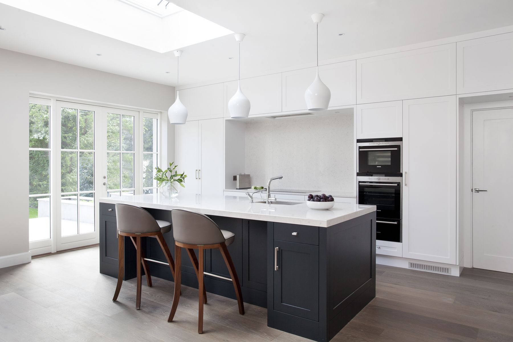 A modern kitchen design installed in Proby Square, Dublin. Hand ...