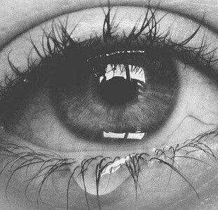 Eye/moon/dark/black