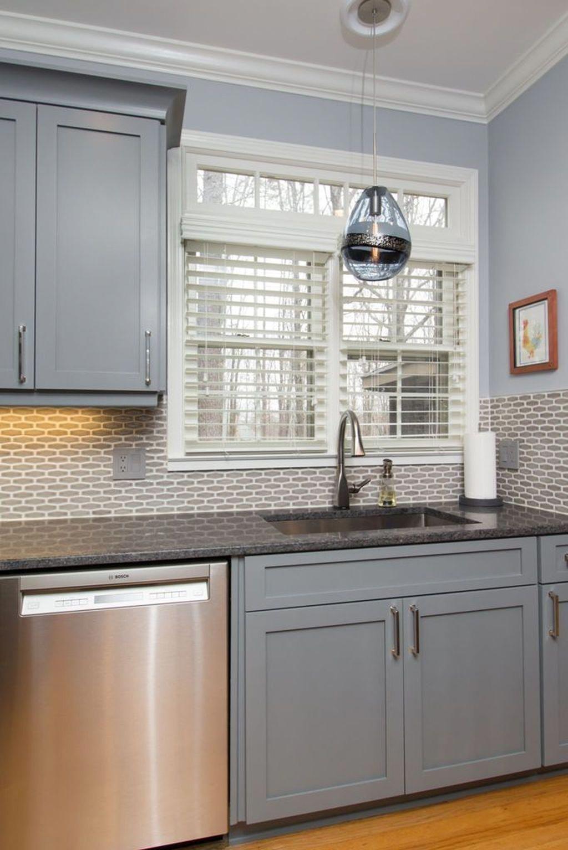Dark kitchen cabinets dark cabinets give a wealth of air and depth to any kitchen  Dark kitchen cabinets dark cabinets give a wealth of air and depth to any kitchen