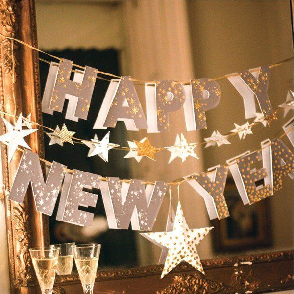 new years eve decoration ideas banner mirror festive home decor ideas