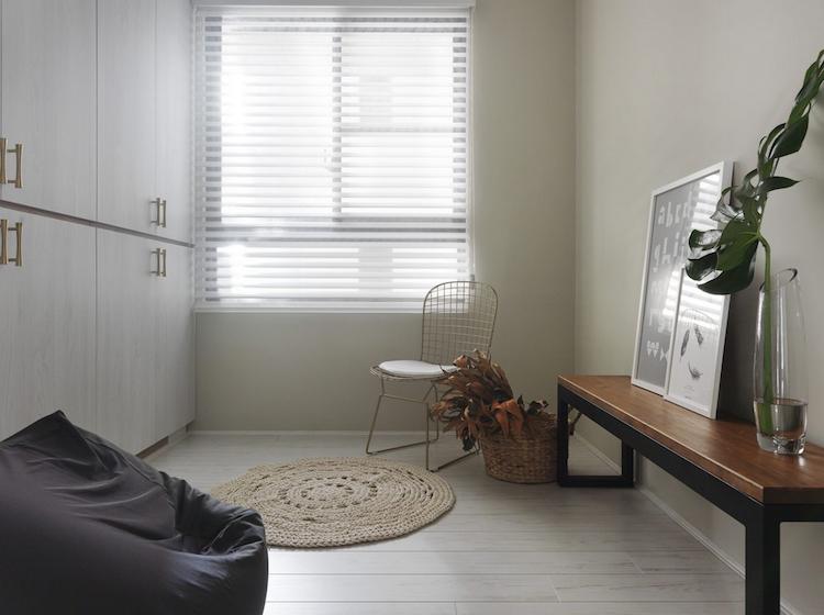 Décoration appartement en blanc, gris perle et bois clair- idées ...