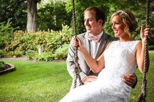 Bride + Groom Swing Poto #RWBrideIndy
