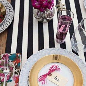 Table decor wedding | Tischdeko Hochzeit | Tischläufer schwarz weiße Streifen