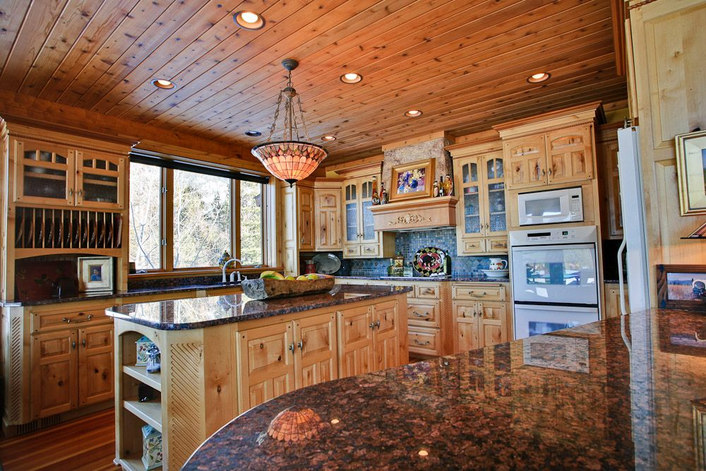Windows With Knotty Alder Cabinets Montana Cabin For