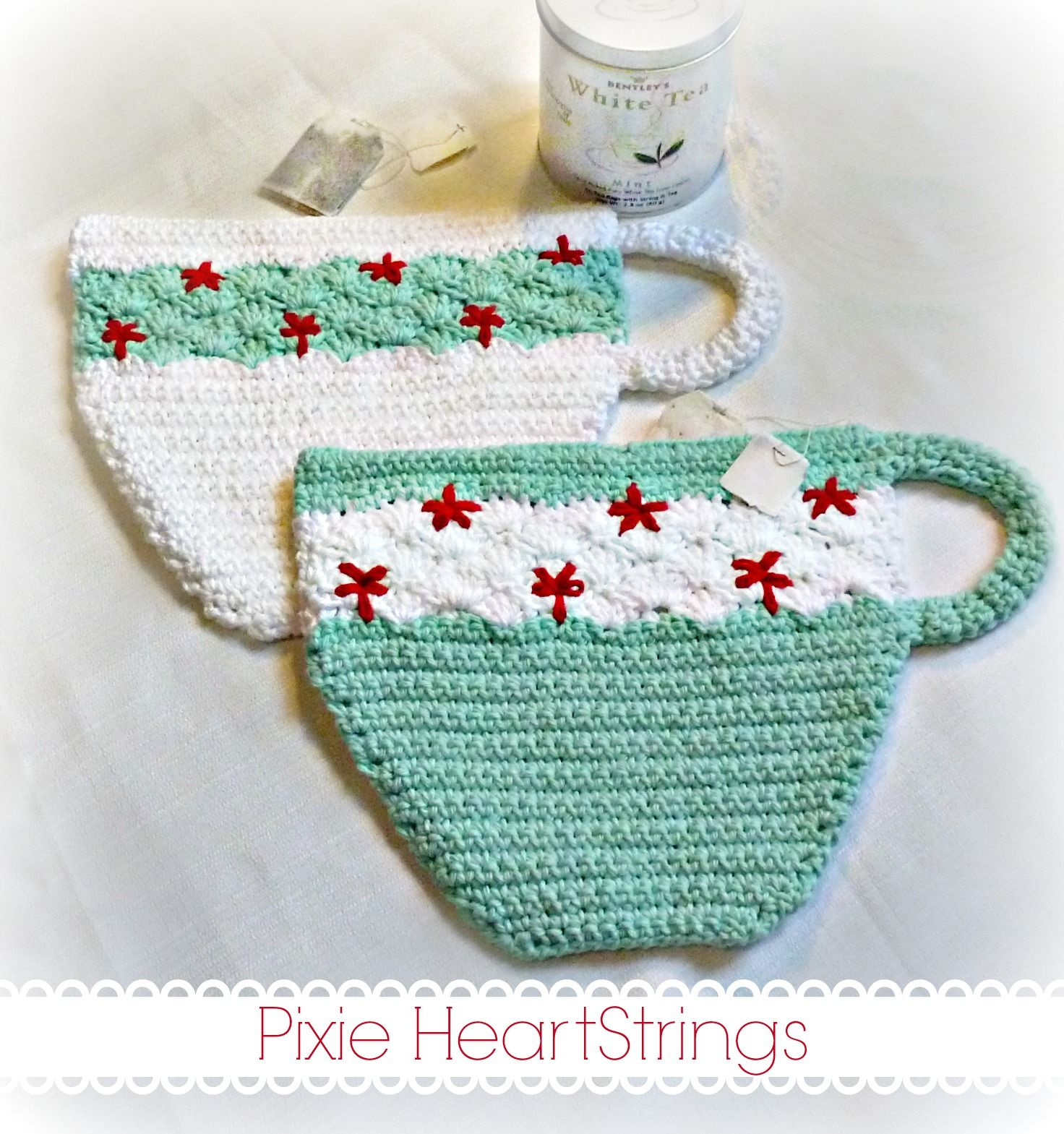 Kitschy Teacup Potholders... Link to free pattern on Pixie ...