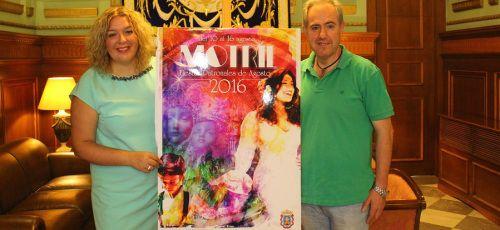 La alcaldesa presenta el cartel y el programa de las Fiestas Patronales en honor a la Virgen de la Cabeza