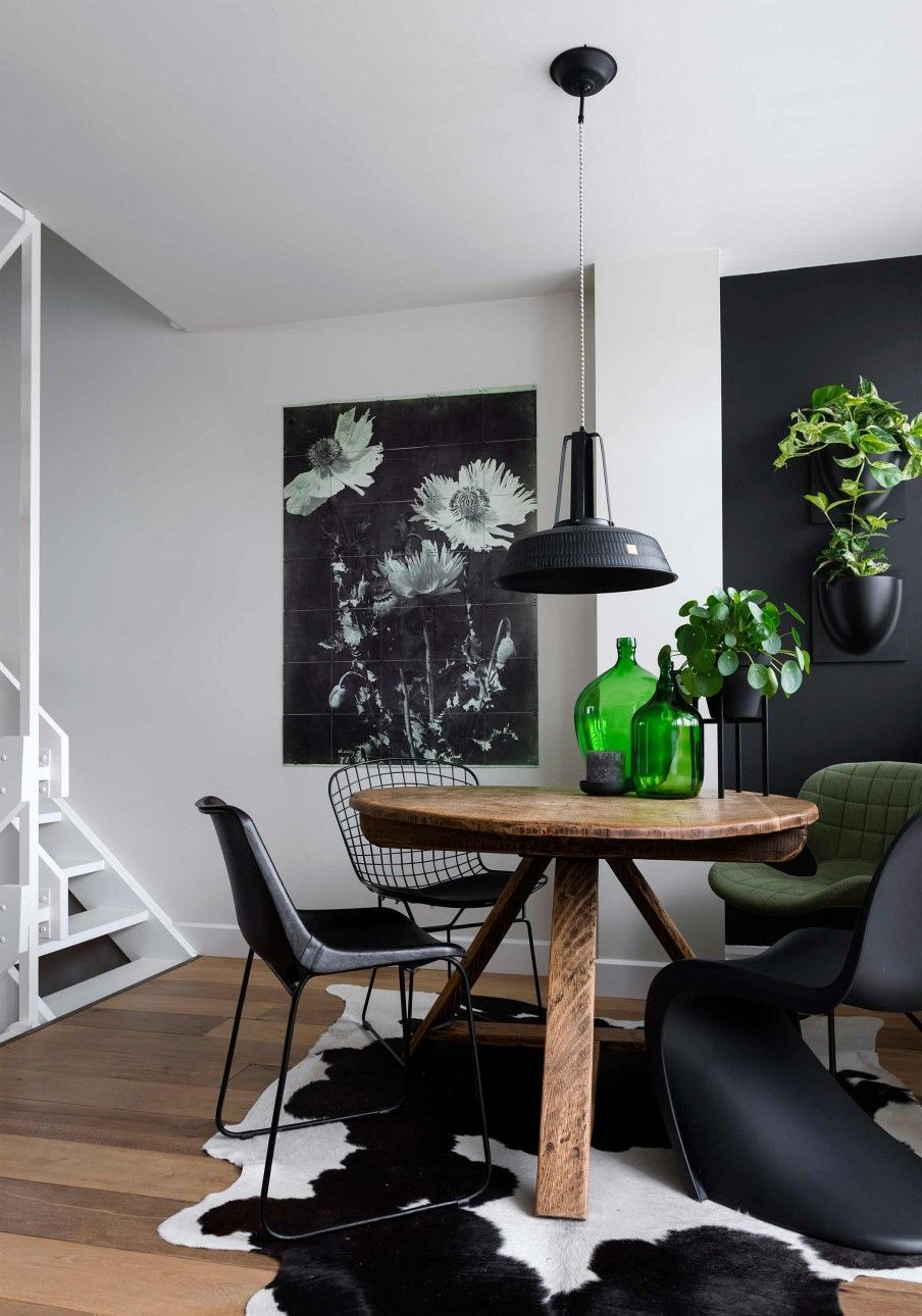Un Agrandissement Aux Pays Bas Planete Deco A Homes World Modern Dining Room Dining Room Decor Black And White Dining Room
