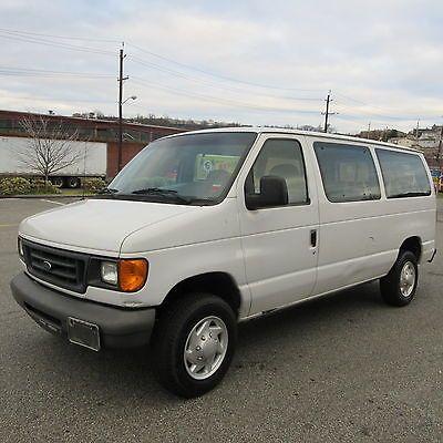 2007 Ford E Series Van Xl Standard Passenger Van 3 Door 2007 Ford