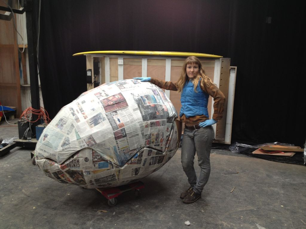 How To Make Paper Mache  How To Make A Giant Papermache Egg