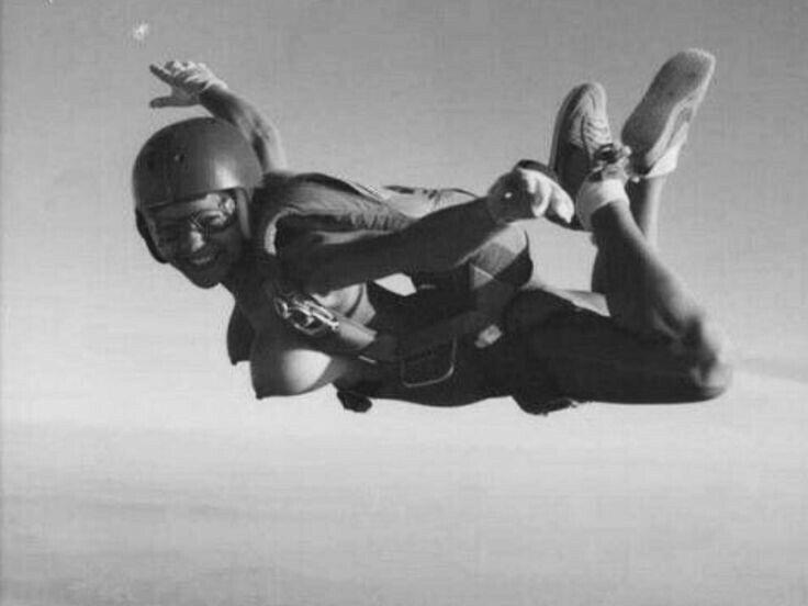 Girl diving Nude sky