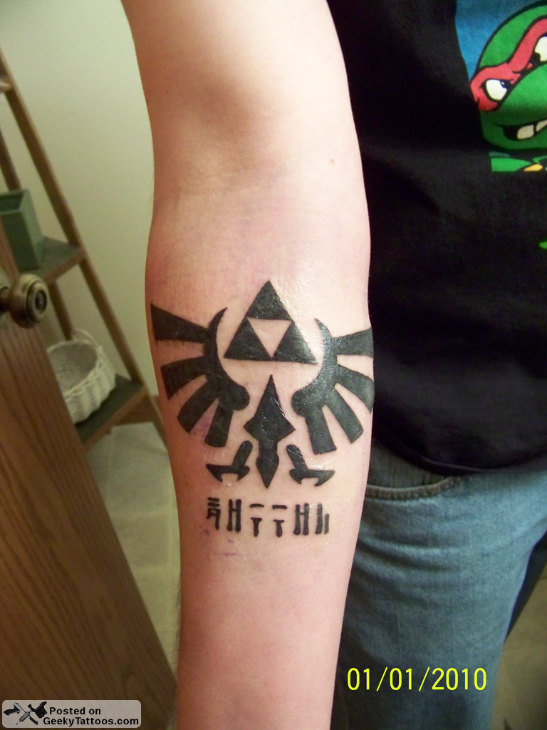 Triforcetattoo Geeky Tattoos