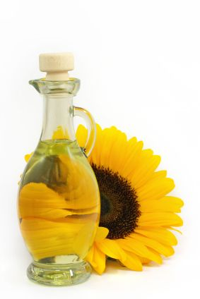 The Benefits Of Sunflower Oil On Hair Livestrong Com Sunflower Oil Skin Herbal Skin Care Sunflower Oil