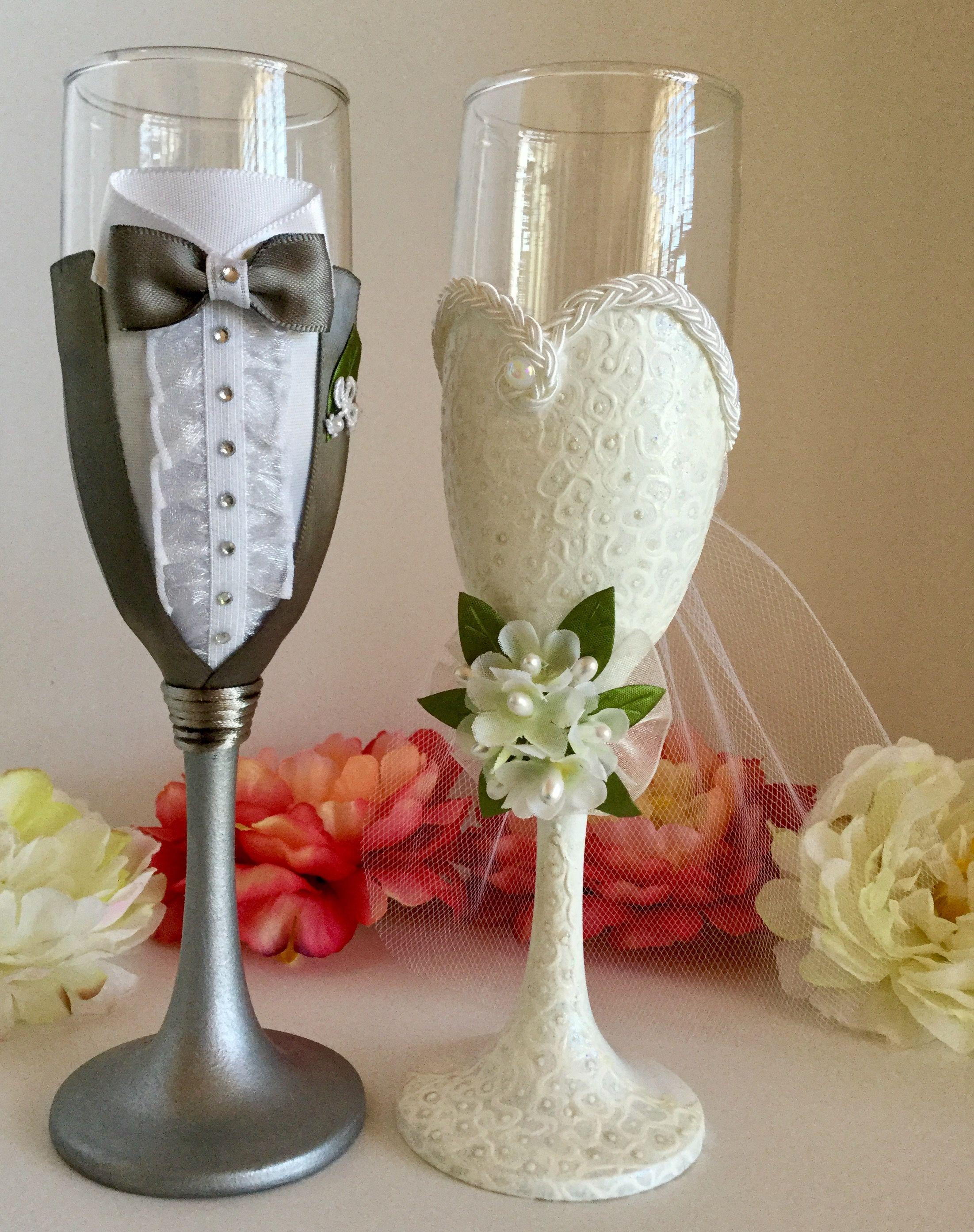 Pin By Iselart On Wedding Wine Glasses Champagne Glasses Decorated Bridal Glasses Wedding Wine Glasses