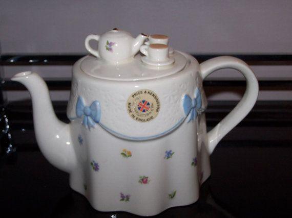 A Fine Chinese Cloisonné Enamel And Gilt Teapot Price Remains Stable Antiques Asian Antiques