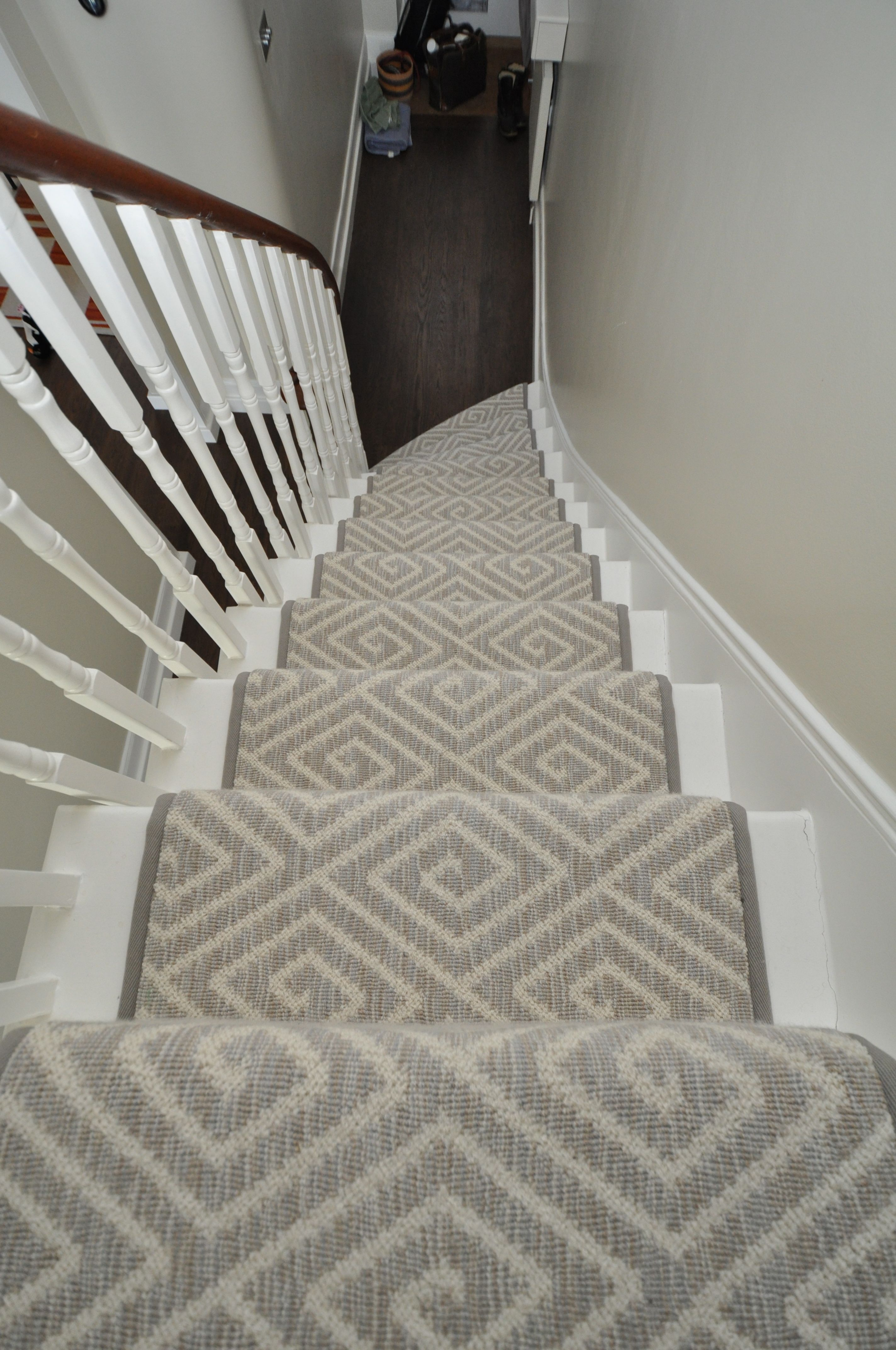 4079 geometric carpet stair runners bowloom geometric