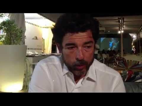 #AlessandroGassman http://www.ilprofumodelladolcevita.it/content/alessandro-gassman-il-centro-della-mia-inquadratura-%C3%A8-su-mio-figlio