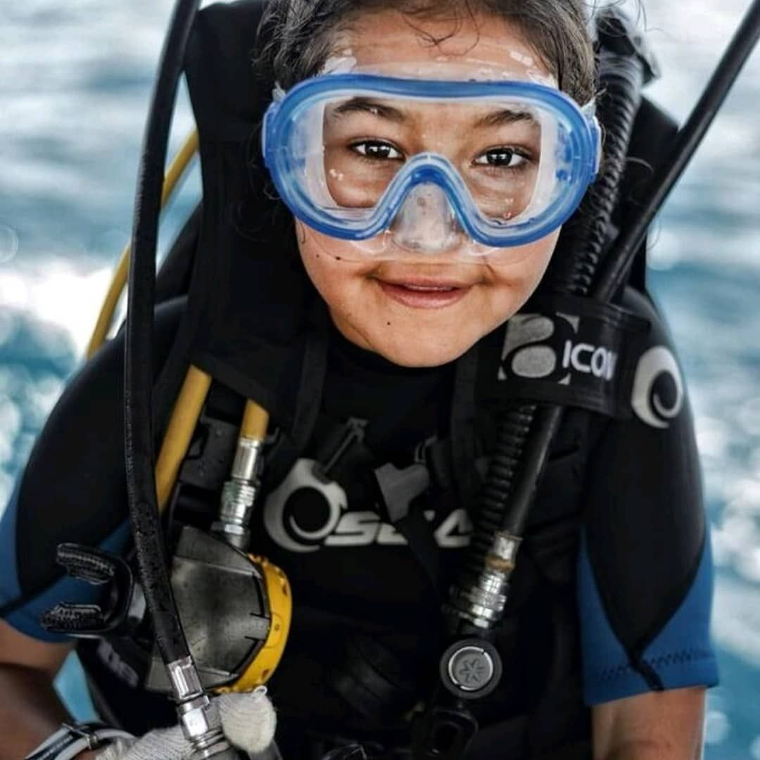 We Salute You One Of Our Youngest Ocean Warriors Worldwide Participating In An Ocean Clean Up Dive For World Oceans Day Scuba Oceans Of The World Scuba Diving