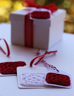 Crochet gift tags..small granny squares